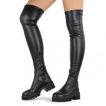 FLAT THIGH-HIGH BOOTS IN BLACK LEATHER