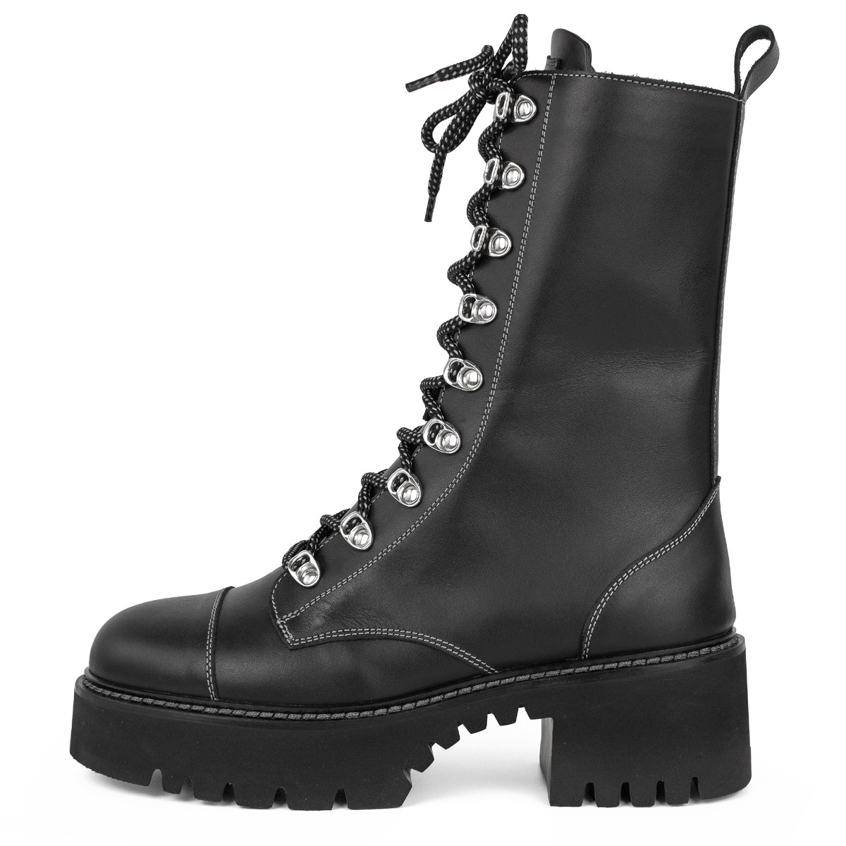 BLACK COMBAT ANKLE BOOTS ON LOW HEEL