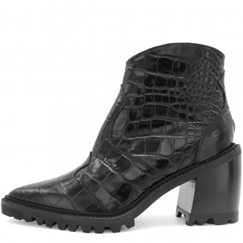 BLACK TEXAS LEATHER ANKLE BOOTS ON PLATFORM SOLE